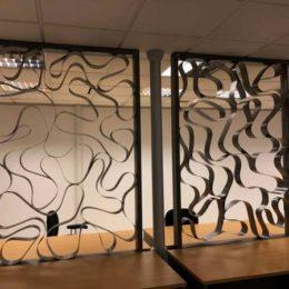 Μεταλλικά διαχωριστικά Παπάγου Αθήνα Metalowood Livewise Europa Aluminco Exalco κουφώματα πορτες παράθυρα ρολά σητες ασφαλείας εσωτερικές μεταλλικά διαχωριστικά κάγκελα τοποθέτηση ανοιγόμενα
