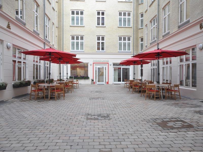 Window replacement in Nordland Hotel in Copenhagen