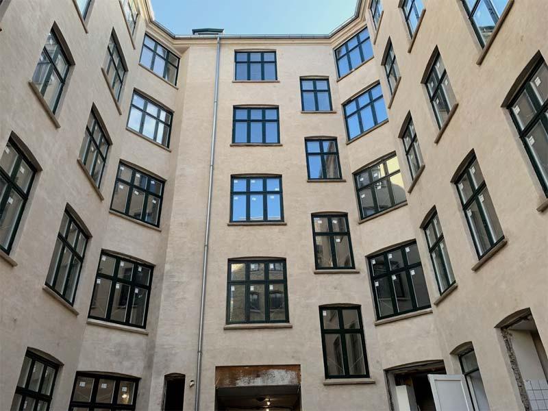 Window replacement in Corona Hotel in Copenhagen